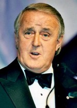 a biography of martin brian mulroney a canadian prime minister Martin brian mulroney 1939- mulroneybrianjpg lawyer, politician, born in baie comeau, québec, the son of benedict mulroney and irene o'shea canada's 18th prime minister (1984-93) education: ba - st francis xavier university lll - laval university profession: lawyer, manager member of the.
